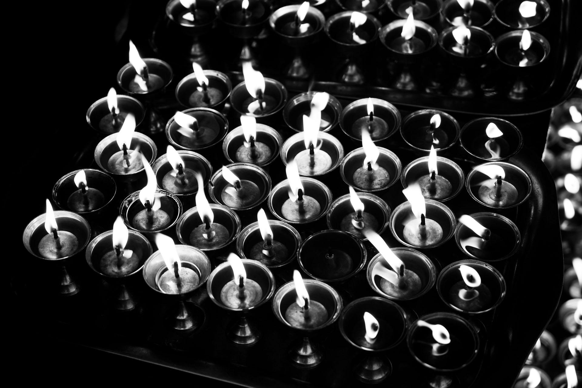 Nepal – Bild von Kerzen